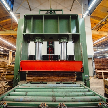 Patriot Fluid Power serves the Wood Panel Manufacturing market